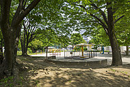 谷中公園 約110m(徒歩2分)