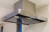 すきま風現象を利用した整流板の効果により、吸引力がアップ。※住戸タイプにより形状が異なります。