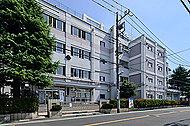 松江第三中学校 徒歩8分/約570m