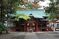 赤坂氷川神社 約1,080m(平成29年5月撮影)