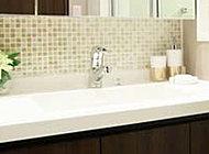 清掃・お手入れが簡単な洗面ボウルとカウンターが一体型のタイプを採用しました。