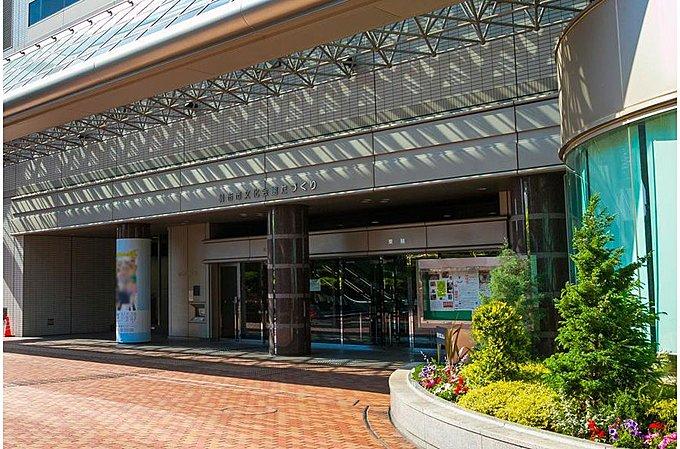 調布市立中央図書館 約1230m(徒歩16分)