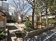 つばめ児童遊園 約200m(徒歩3分)
