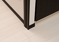 居室・水回り・廊下等、住まい内部の段差を少なくし、つまずきや転倒事故を防止するバリアフリー構造です。
