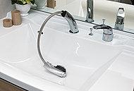 ノズルを伸ばして使えるためシャンプーやボウルのお掃除も簡単です。