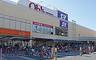 スーパーバリュー戸田店 約1,018m(徒歩13分)