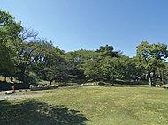 川崎市民プラザ 約800m(徒歩10分)