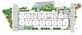目黒の街の中でも緑陰のひと際多い一画に「ディアナコート目黒」は生まれます。その閑静な環境を住まいへと引き込むため、バルコニー前を中心に最大約8mの高木・中木と低木合わせて2,500本超の樹々を配する計画としました。