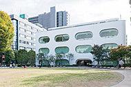 市立ひと・まち・情報創造館武蔵野プレイス 約370m(徒歩5分)