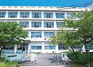 市立衣川中学校 約220m(徒歩3分)