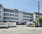 市立桜井谷東小学校 約650m(徒歩9分)