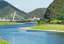 長良川 約1,600m(徒歩20分)