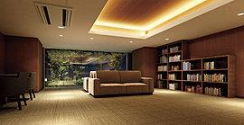 1階のライブラリーラウンジは、読書や仕事などを落ち着いて過ごせるもう一つの寛ぎのスペース。書棚も設け、インターネットのためのWiFi環境も整えています。