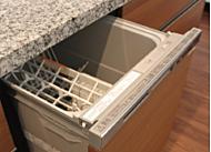 食後の片付けをサポートし、家事の時間を短縮してくれる食器洗浄乾燥機を、全戸で標準装備。洗浄効果が高く、さらに節水効果も期待できます。