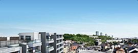 新川崎駅西口側にある、広大な夢見ヶ崎公園がほど近くの駅前の喧噪とは一線を画したエリア。高い建物が少ない閑静な住宅街のため上層階は見晴らしも良く、「夢見ヶ崎公園」の四季折々の豊かな自然を楽しめます。