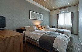 シモンズの上質なマットレスを採用した、ホテルライクなゲストルームです。