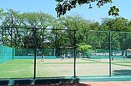 富士森公園テニスコート 約2,570m(徒歩33分・自転車13分)