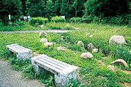 坪井の森緑地 約730m(徒歩10分)