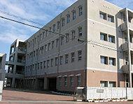 内田小学校 約940m(徒歩12分)