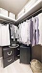 全住戸にウォークインクローゼットを採用。空間を活かして洋服以外の生活雑貨も上手に収納すれば、住まい全体の暮らしやすさも高まります。