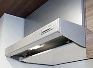 整流板を設けることで、排気を逃さず、お手入れも簡単。