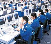 住戸における火災や建物内・エレベーター(保守会社に信号等が入ります)など共用部の異常発生時など万一の緊急事態の際は管制センターへ自動通報。