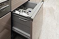 パワフルに温水洗浄可能な、食器洗い乾燥機。空間をスマートに演出するビルトインタイプ。