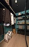 洋服から小物類までたっぷり収納できるウォークインクロゼット※一部タイプ