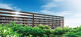 建物は、修景地区に指定されている街並みに調和し、南面に広がる七瀬川公園の豊かな緑との美しい景を創出するようプランニング。ここに暮らす総119邸のオーナーの日々を美しく誇り高いものとし、いつまでも快適にお暮らしいただけるようデザインしました。