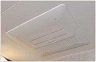 ミストサウナ機能や、暖房や涼風機能もあり、快適な入浴を愉しめます。