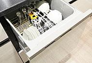 除菌・洗浄・乾燥機能を備えた省エネタイプ。乾燥時の臭いを軽減する乾燥専用ヒーターを搭載しています。