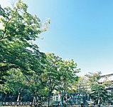 本郷公園 約100m(徒歩2分)
