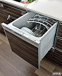 約6人分を1度に洗浄、乾燥することができる大容量の食器洗い乾燥機です。