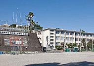 武中学校 約1,200m(徒歩15分)