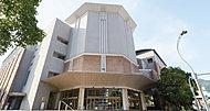 長崎ブリックホール 約3,360m(車6分)