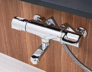 サーモスタット水栓は温度調節が簡単なので、無駄な捨て水が防げて、節水・省エネ効果があります。