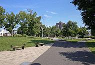二十四軒公園 約350m(徒歩5分)