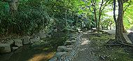 小豆沢公園 約1,070m(徒歩14分)