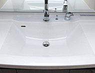 カウンタートップと一体成形の洗面ボウルは、つなぎ目がありませんので見た目が美しく、お掃除も簡単です。