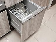 食器の片付けに便利な食器洗い乾燥機を標準装備しました。出し入れしやすいスライドタイプです。