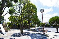 北沢公園 約10m(徒歩1分)
