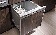 食器の片付けに便利な食器洗い乾燥機を標準装備しました。出し入れしやすいスライドタイプです。※Cタイプ除く。