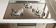 SIセンサーを組み込んだ安心機能に加えて、温度調節機能など、お料理づくりをサポートしてくれる機能を搭載しています。