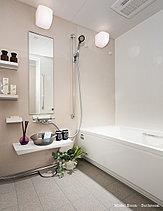 お手入れのしやすいクリーンな空間。朝と夜のひとときを心地良いリラックス感で満たす空間。バスルームのホーローパネルをはじめ、お手入れのしやすい仕様を多く採用し、いつもクリーンに保てます。
