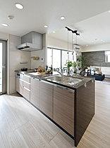 デザインの美しさと、使い勝手のいい機能性が融合したキッチン。
