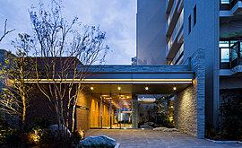 自然の光と風と緑を楽しむ、洗練の住まいをデザイン。