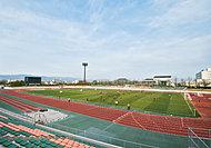 佐賀県総合運動場 約150m(徒歩2分)