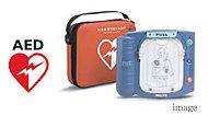 突然の心停止が発生しても、すばやく効果的に電気的除細動による処置を行うことができます。※管理組合にて別途リース契約となります。