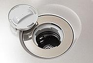 キッチンから出た生ゴミをディスポーザーで簡単に処理できるので、生ゴミを部屋に溜めず衛生的です。