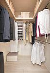全室にはお部屋をすっきりと使っていただけるクローゼットやウォークインクローゼットをご用意。